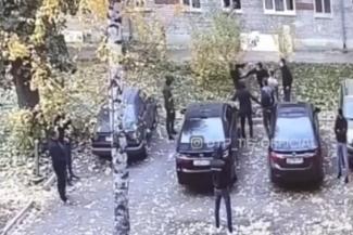 «ОПГ «Тойотовские» против ОПГ «Газелевские»: в разборке водителей в казанском дворе победила скорость