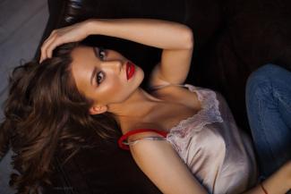 Модель из Татарстана, покрасившая тело в цвета российского триколора, может стать «Девушкой года Playboy»