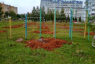 «Надеяться не на кого, придется самим»: жильцы многоэтажки в Татарстане дошли до Москвы и не дали построить ТЦ на футбольном поле в своем дворе