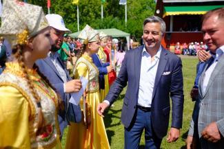 Вице-премьеру Татарстана вместо Сабантуя в Монреале пришлось ехать на праздник плуга в Менделеевск