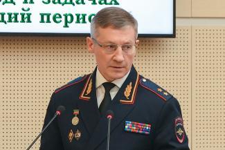 Главный полицейский Татарстана посоветовал не высовываться группировкам и ворам в законе