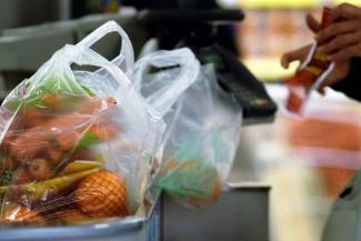 Караул, грабят!.. Оголодавшие казанцы похищают из магазинов еду и алкоголь