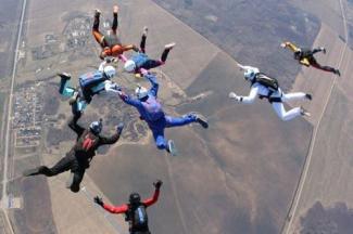 Последний прыжок: в Татарстане проверяют аэроклуб,  где разбились двое парашютистов