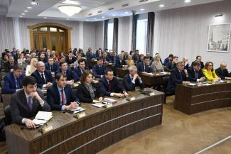 Казанские чиновники доказывают президенту, что у них есть мозги