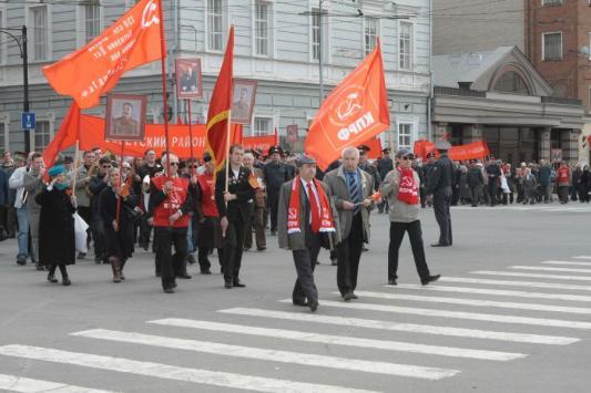 Первомай по-казански: то ли шествие, то ли флешмоб
