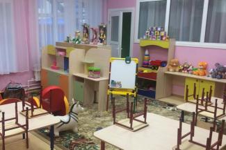 «Есть и мебель, и игрушки, только детей нет»: в Татарстане до сих пор не открыли детсад, построенный два года назад