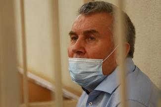 «Его прикрывали серьезные люди»: в Татарстане бывшего министра обвиняют в причастности к заказному убийству