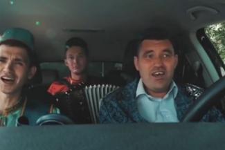 «Сами в шоке!»: альметьевские парни прославились в «Инстаграме» Минниханова татарской перепевкой хита Шуфутинского