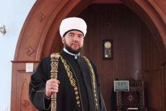 Скандальному имаму казанской Закабанной мечети аукнулись «грязные танцы»