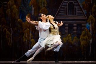 Нуриевский фестиваль в Казани: Спартак и Клавдия на сцене целовались по-настоящему