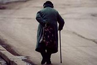 Казанского водителя, который помог упавшей старушке, обвинили в наезде