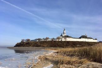 Ни аптеки, ни полиции: жителей острова Свияжск изолировали по полной