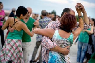 Танго на набережной, уборка на Голубом и Зеленый фитнес