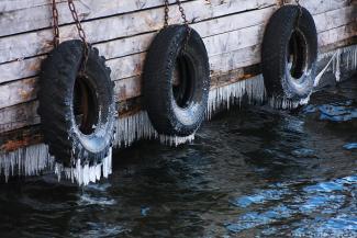 Приплыли: утонув в долгах по зарплате, Татфлот режет флот на металлолом