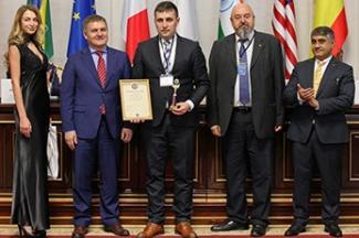 Победа в конкурсе, международная выставка и подарки автомобилистам: «Татнефть» подвела итоги работы в мае
