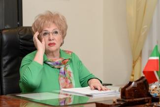Ректор ТИСБИ Нэлла Прусс: «Грядки — не для меня, и с мемуарами пока подожду»