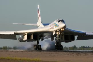 «Бомбардировщики будут падать нам на головы?»: казанцы требуют вынести за черту города зону аварийной посадки самолетов