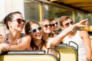 «Гонять туристов с чемоданами»: власти не поделят дороги между жителями и  гостями Казани