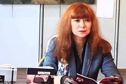Лилия Газизова: «В Париже моя книга стоит 10 евро, в Казани - три»