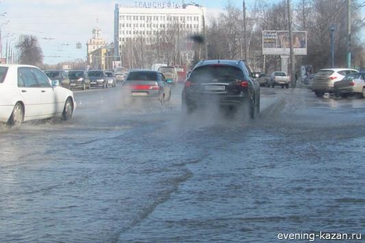 Талые воды выгнали татарстанцев из домов, а ледоход оставил их без газа