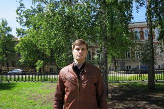 Казанский учитель обличает руководство школы: «Детей делят на «белых» и «черных»