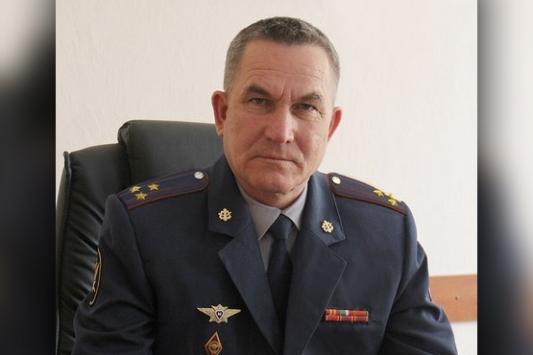 Начальник казанской «двойки» полез в петлю, чтобы избежать позора?