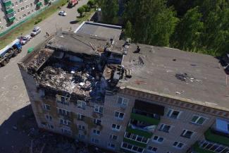 Взрыв газа в Заинске: семьям погибших выплатят по миллиону, в уцелевшую часть дома вернулись жильцы