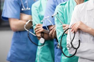 «Сколько можно это оставлять безнаказанным!»: родственники умерших пациентов ЦРБ в Татарстане обвиняют врачей в халатности и непрофессионализме