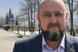 «Плохих намерений не имел»: депутат-единоросс отрекся от публикации фото расстрелянных детей в казанской школе