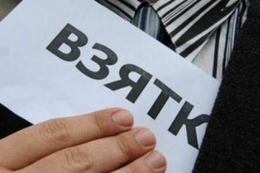 Заслуженный врач Татарстана обвиняется во взятках