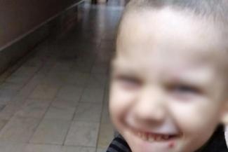 «Артем все время спрашивает, когда я заберу его домой»: в Казани родной бабушке не дают забрать внука из больничного отделения для брошенных детей