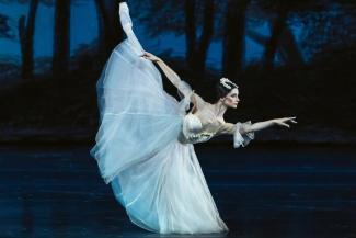 Московская балерина Оксана Кардаш: «Смотреть профессиональным глазом на Рудольфа Нуриева - смешно»