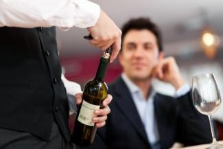 Казанский жрун-халявщик, объевший более 30 кафе и ресторанов, теперь кушает бесплатно за госсчет