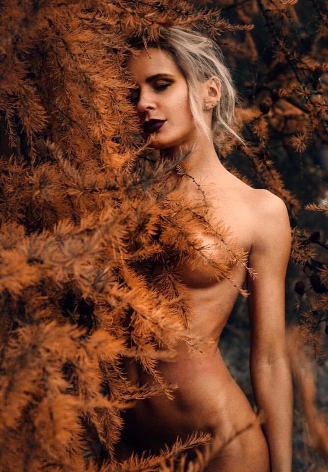 Фото девушек с парнями не голых, проститутки москвы бдсм госпожа