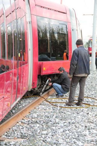Помню летом писали про. запуск новых трамваев в Казани.  Больше фотографий. хорошо что без жертв. тут.