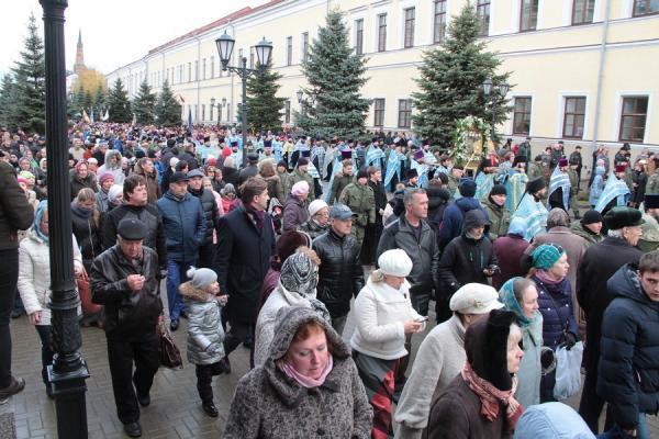 img_2334-600x400 Казань: крестный ход и русский марш прошли без эксцессов Люди, факты, мнения Татарстан