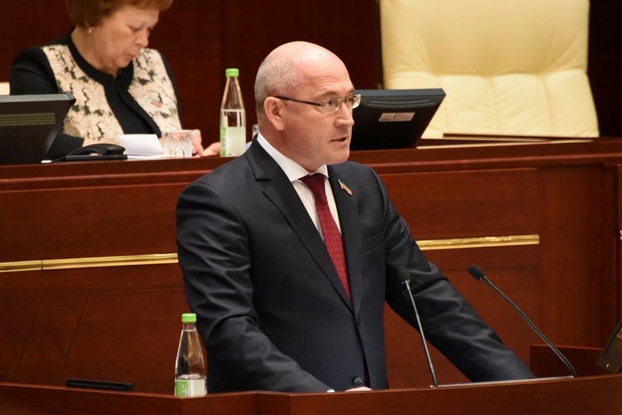 Народные избранники РТпросят Государственную думу оставить обязательный татарский вшколах