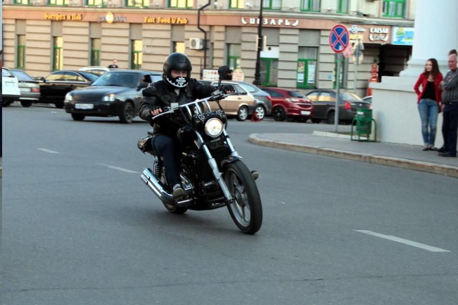 казанские девушки знакомятся за рулем