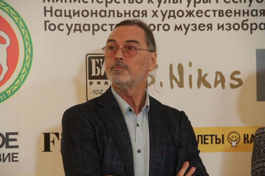 Никас Сафронов собрался обязательно писать портрет Рустама Минниханова