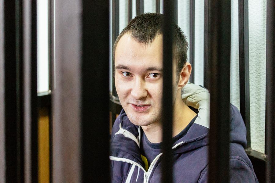 ВКазани отец, безжалостно избивший малыша, попросил усемьи извинения